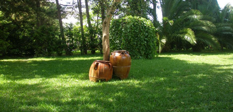 I giardini tenuta belvedere for Giardini arredati
